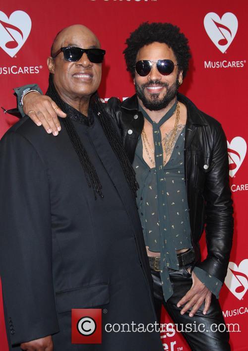Stevie Wonder and Lenny Kravitz 7