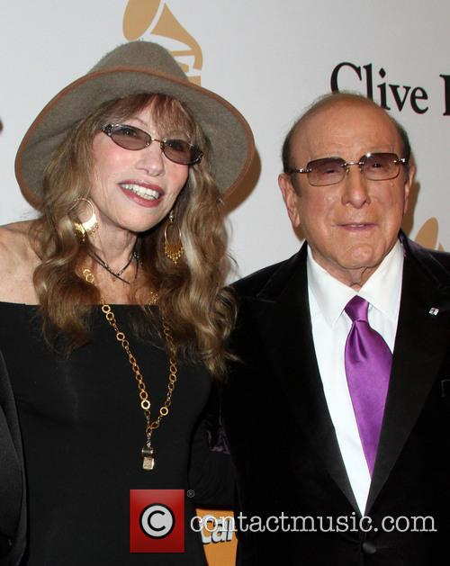 Carly Simon and Clive Davis 1