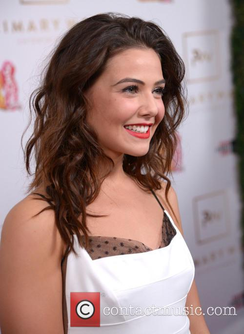 Danielle Campbell 4
