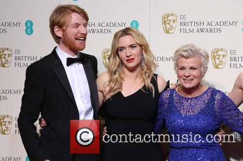 Kate Winslet, Julie Walters and Domhnall Gleeson 11