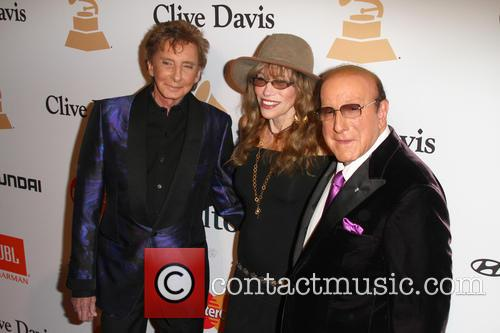 Barry Manilow, Carly Simon and Clive Davis 7