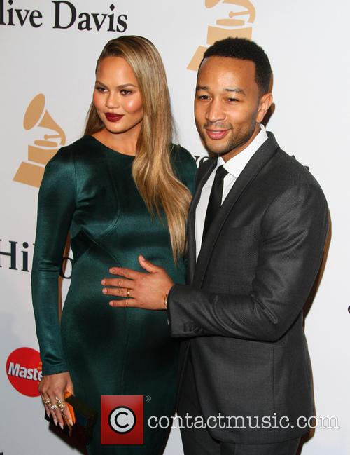 Chrissy Teigen and John Legend 4