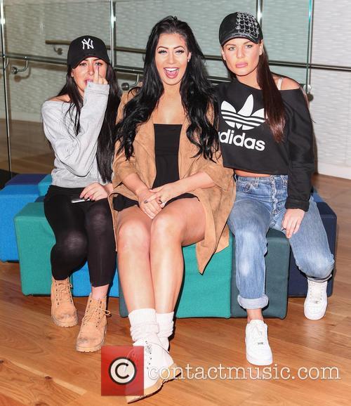 Chantelle Connolly, Chloe Etherington and Marnie Simpson 3