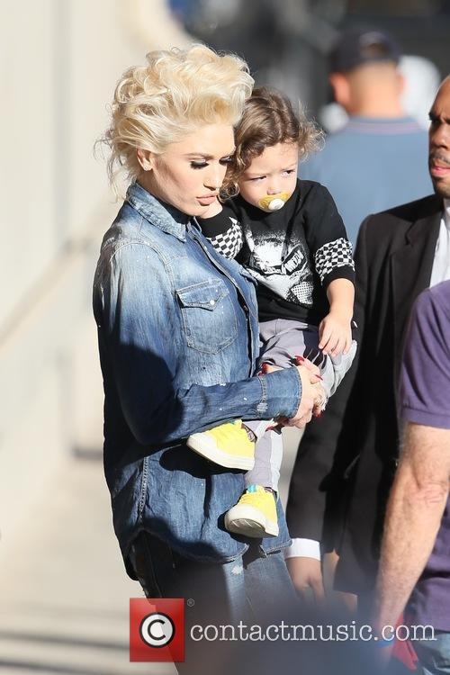 Gwen Stefani and Apollo Rossdale 3