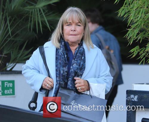 Linda Robson 2