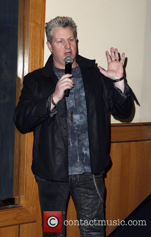 Gary Levox 3