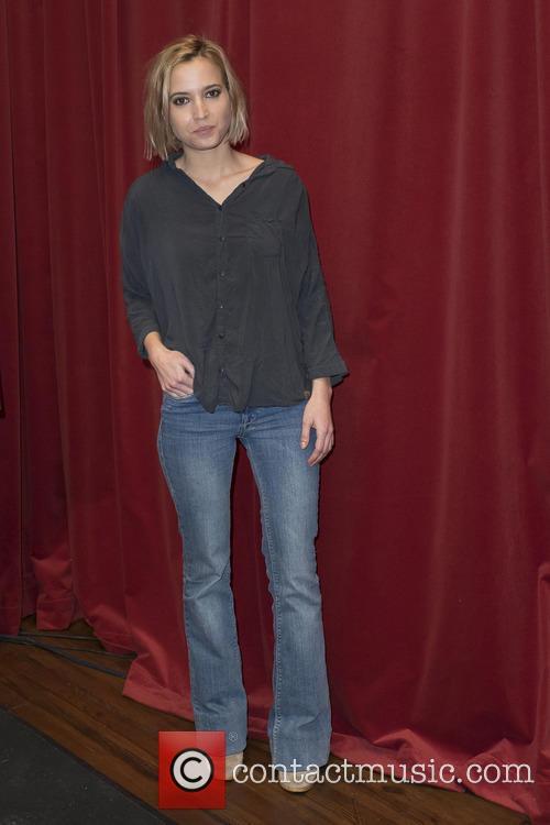 Ana Fernandez 7