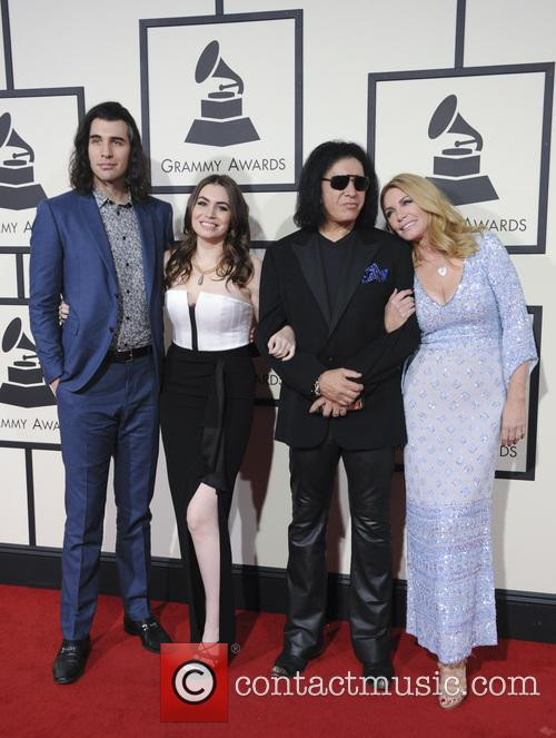 Gene Simmons, Shannon Tweed, Nick Simmons and Sophie Simmons 1