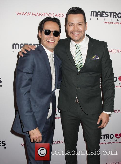 Victor Manuelle and Marc Anthony 5