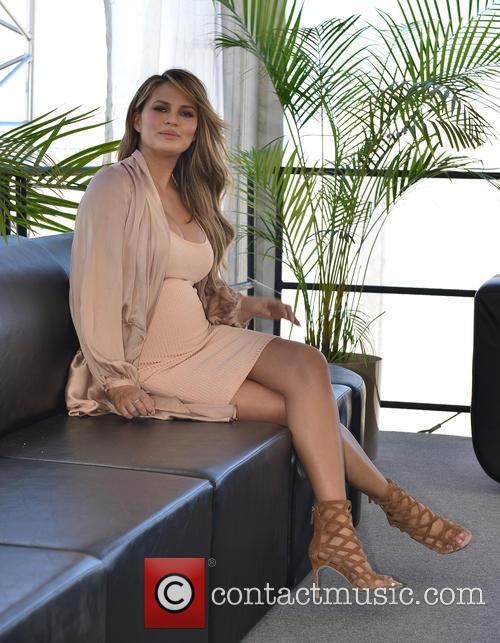 Chrissy Teigen 11