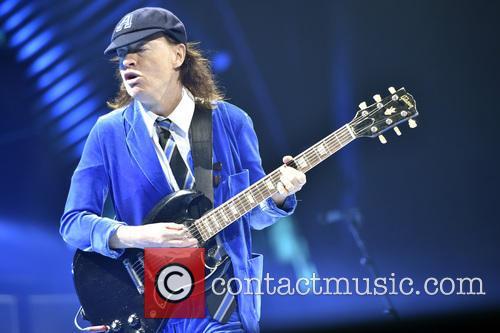 Angus Young 5
