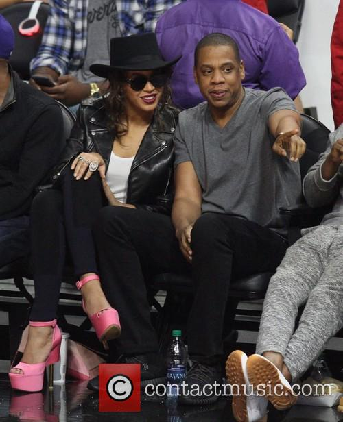 Jay-Z and Beyonce at a Clippers game