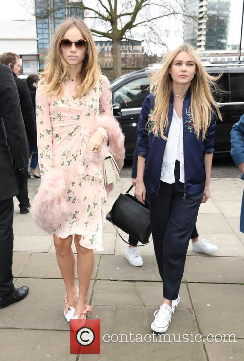 Suki Waterhouse and Immy Waterhouse 2