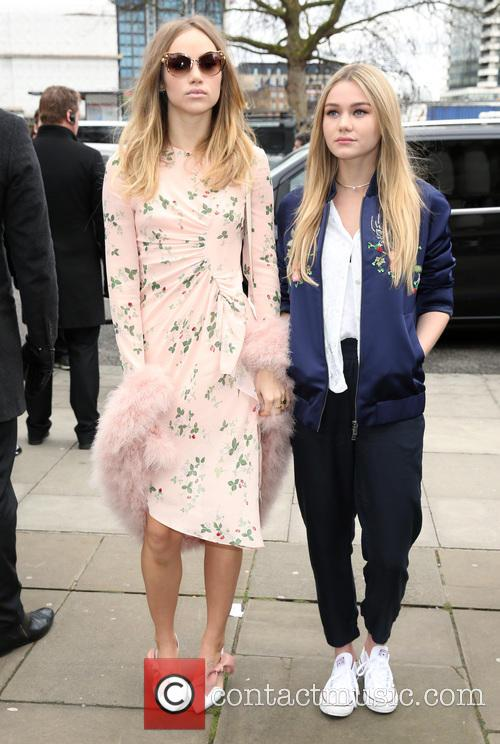 Suki Waterhouse and Immy Waterhouse 3
