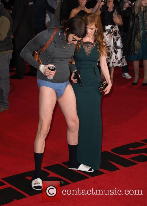 Sacha Baron Cohen, Nobby and Isla Fisher 2