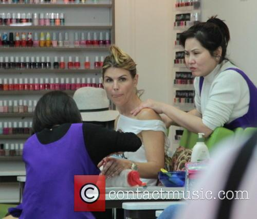 Lori Loughlin treats herself to a pampering session