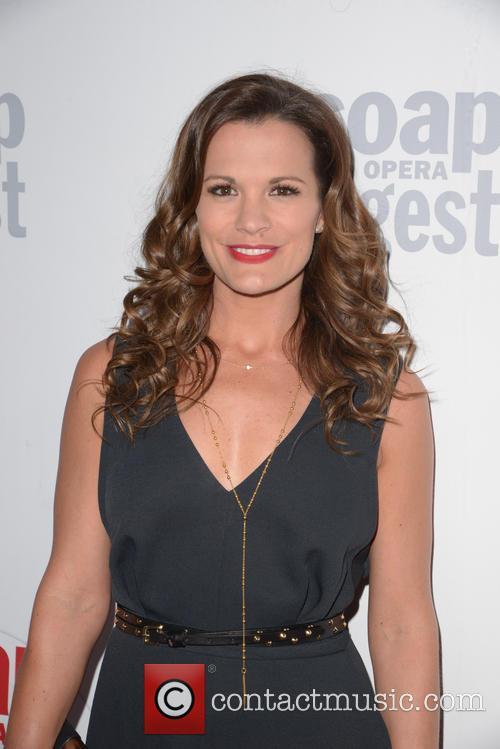 Melissa Claire 2