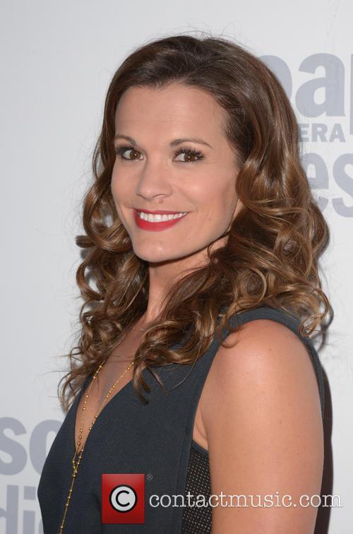 Melissa Claire 3