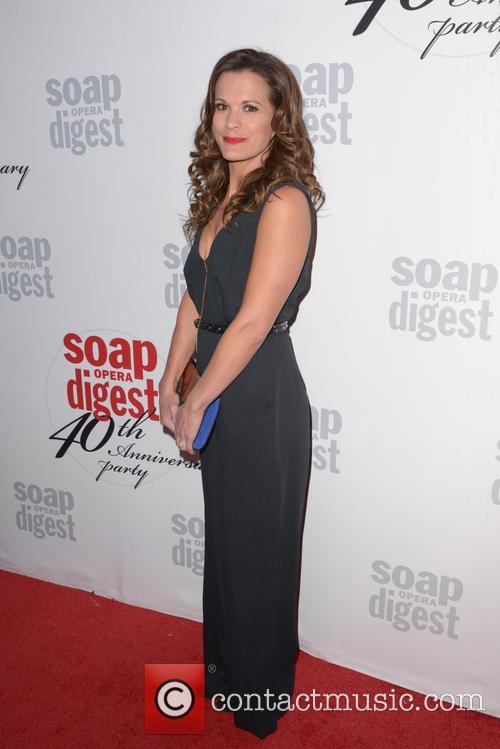 Melissa Claire 4