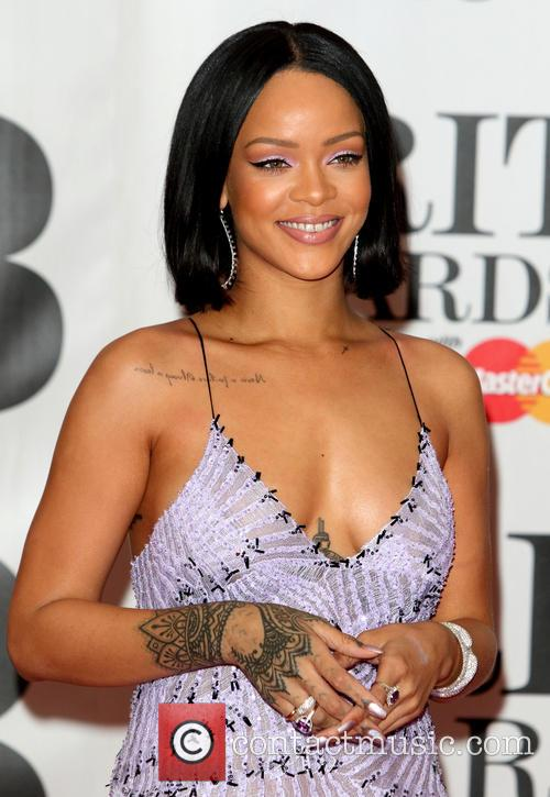 Rihanna To Be Honoured With The Vma Video Vanguard Award