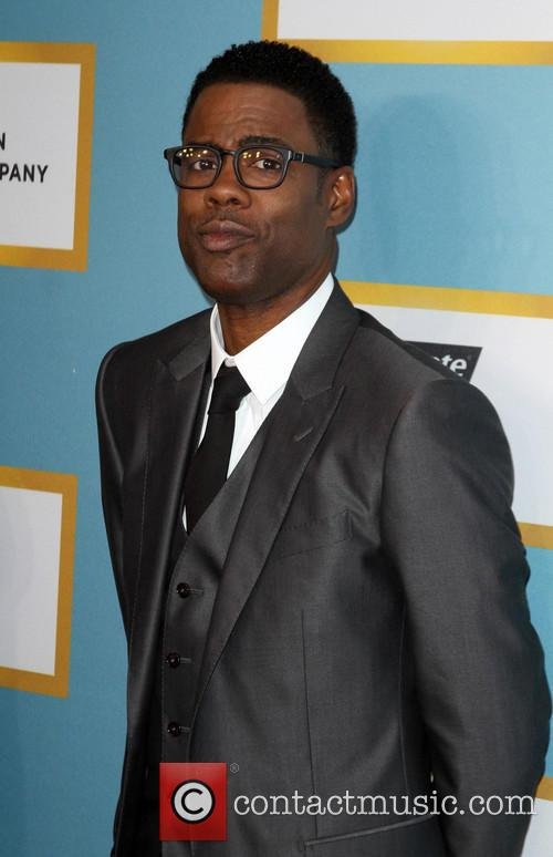 Chris Rock Uses Oscars To Help His Daughters Sell Girl Scout Cookies