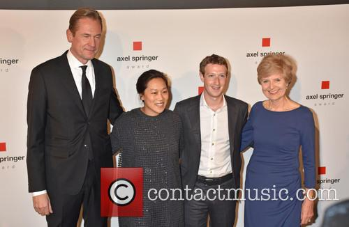 Mathias Doepfner, Priscilla Chan, Mark Zuckerberg and Friede Springer 4