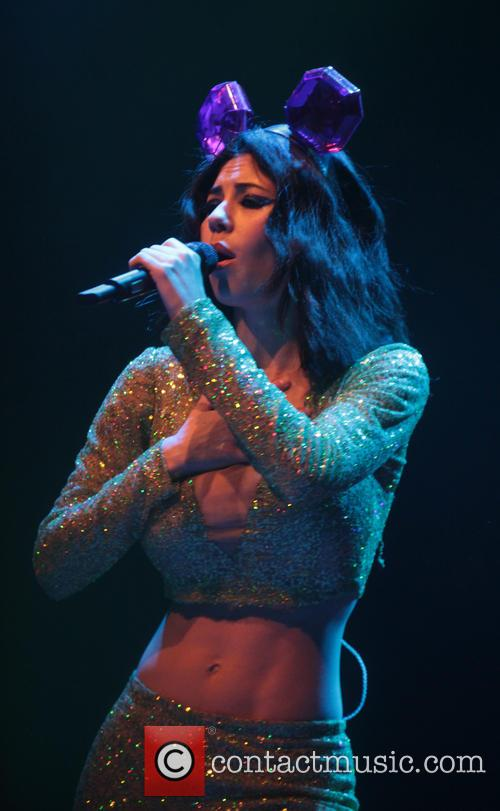 Marina and The Diamonds performing live