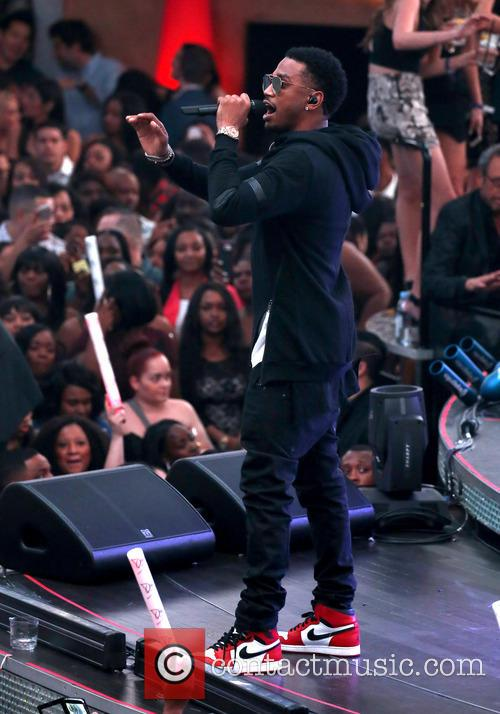 Rapper Trey Songz Arrested After Destroying Stage In Detroit