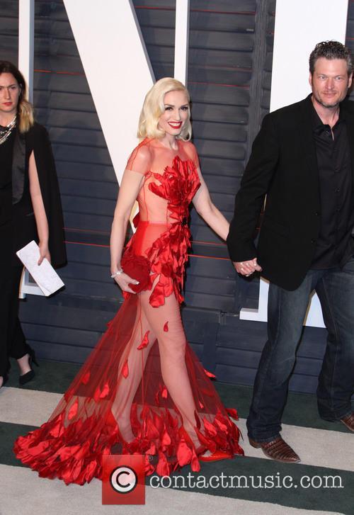 Gwen Stefani and Blake Shelton 4