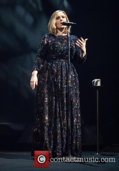 Adele Wows Fans And Critics As She Kicks Off World Tour [Pictures]