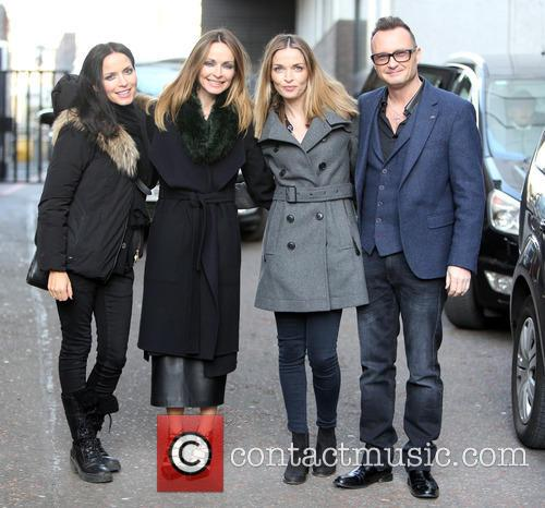 The Corrs, Andrea Coor, Sharon Coor, Caroline Coor and Jim Coor 1