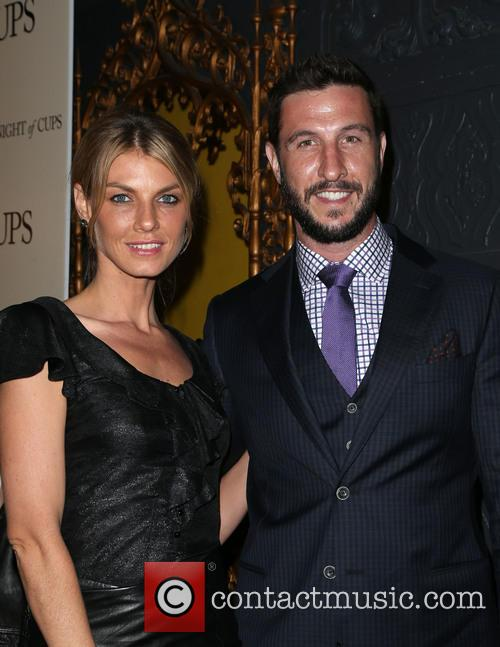 Angela Lindvall and Pablo Schreiber 4