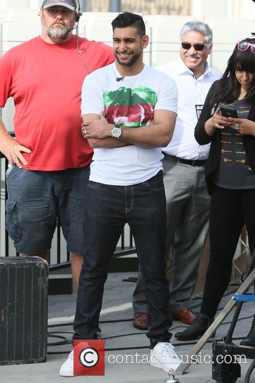 Amir Kahn and Canelo Alvarez appears on 'Extra'