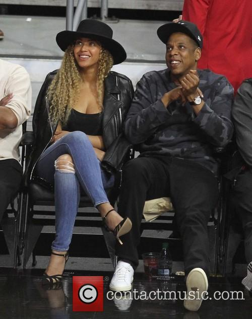 Beyonce and Jay-Z snapped a a Clippers game