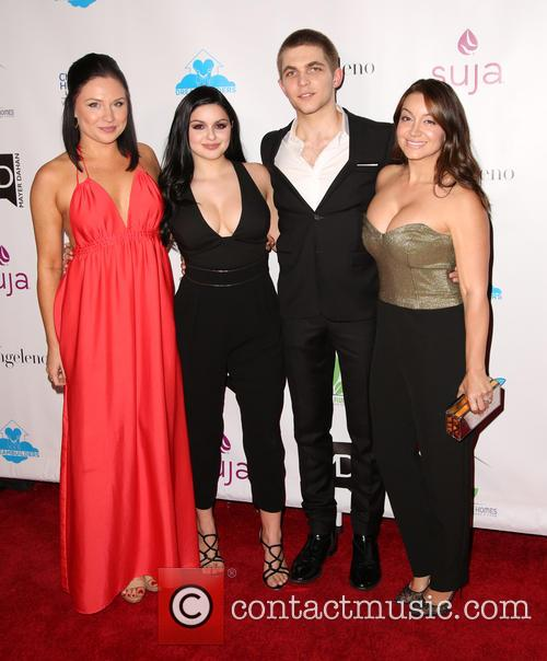 Ariel Winter, Laurent Claude Gaudette and Guests