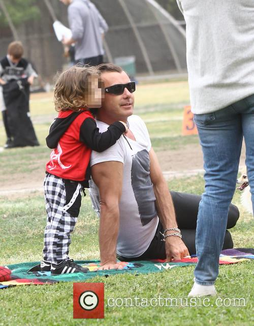 Gavin Rossdale and Apollo Rossdale 2