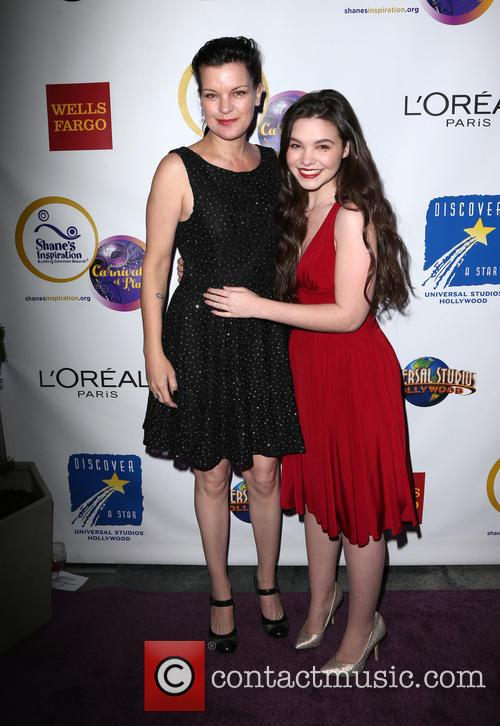 Pauley Perrette and Madison Mclaughlin 3