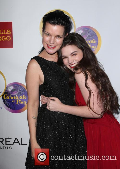Pauley Perrette and Madison Mclaughlin 6