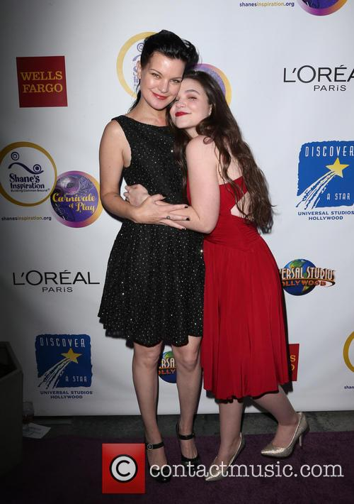 Pauley Perrette and Madison Mclaughlin 8
