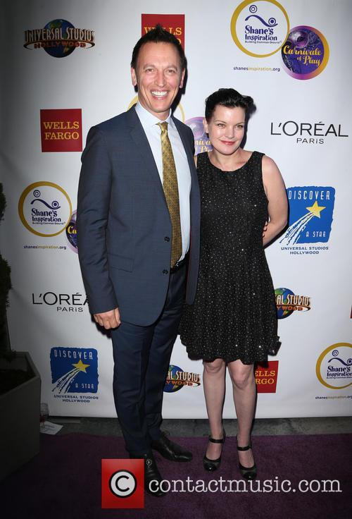 Steve Valentine and Pauley Perrette 6