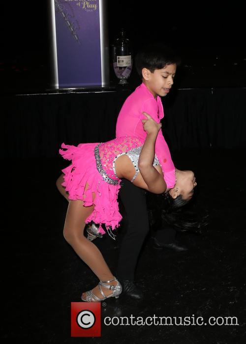 Kevin & Gaby Samba Dancers 9