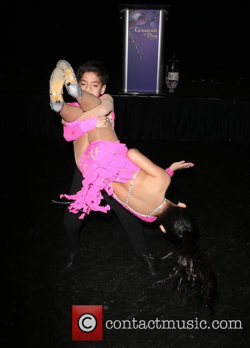 Kevin & Gaby Samba Dancers 11