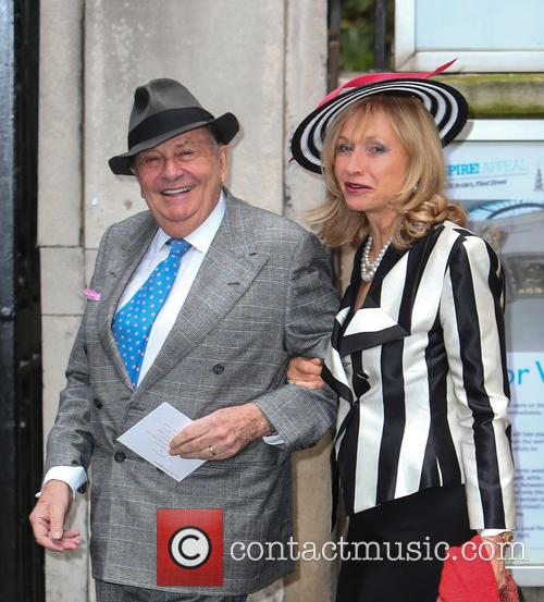 Barry Humphries and Lizzie Spender 1