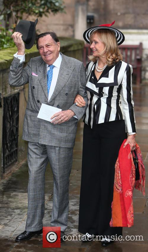 Barry Humphries and Lizzie Spender 6