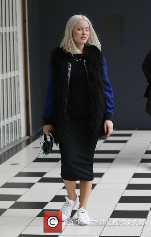 Zara Larsson 4