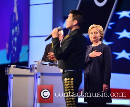 Sabastian De La Cruz and Presidential Candidate Hillary Rodham Clinton 3