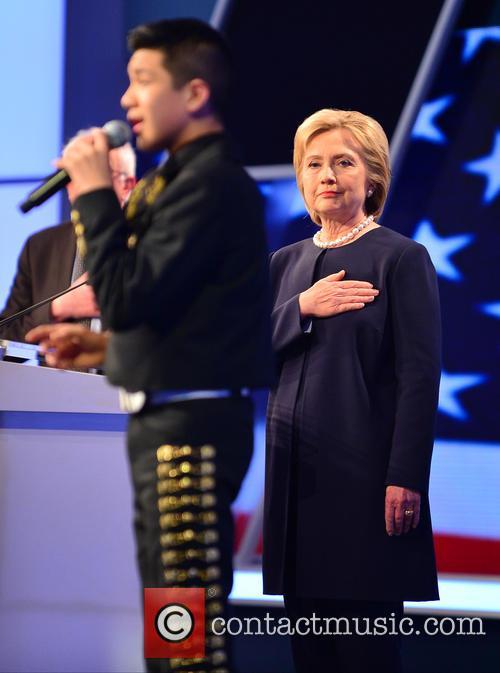 Sabastian De La Cruz and Presidential Candidate Hillary Rodham Clinton 4