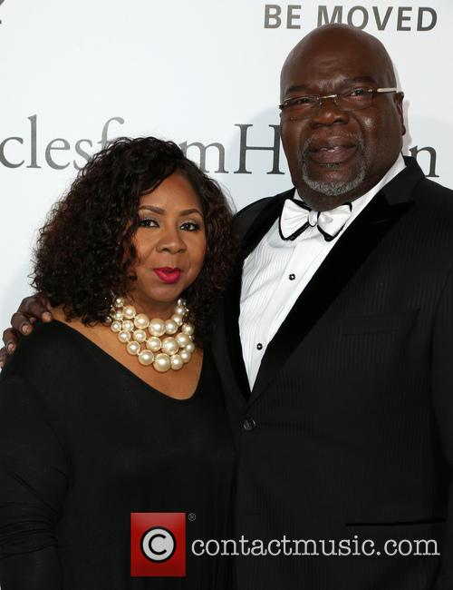 Bishop T.d. Jakes and Guest 2