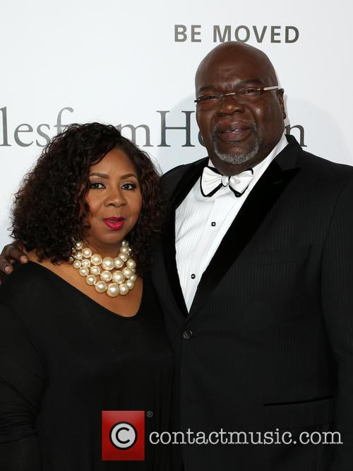 Bishop T.d. Jakes and Guest 3