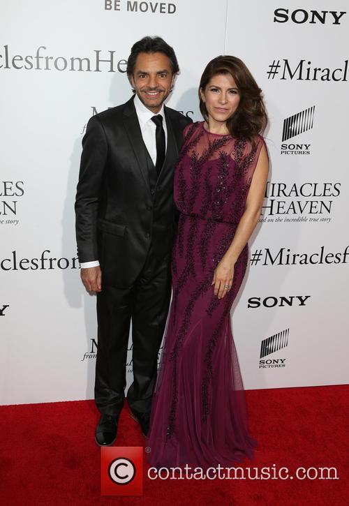 Eugenio Derbez and Alessandra Rosaldo 10